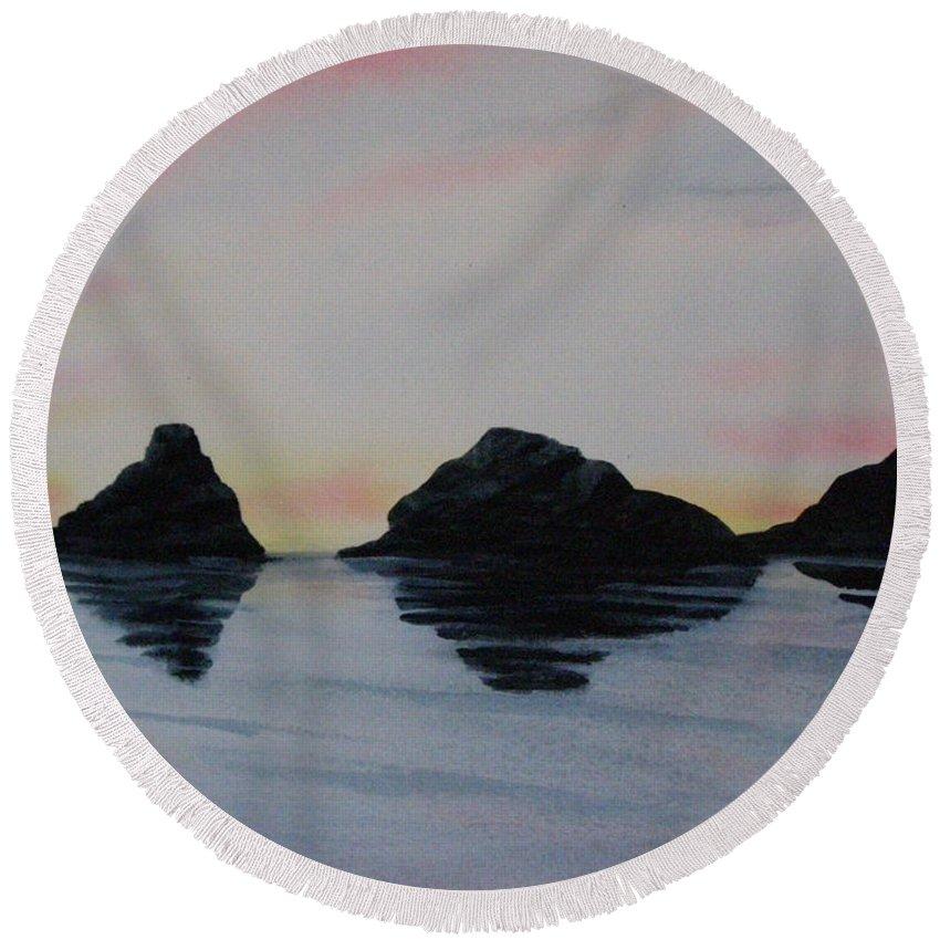 Landscape Round Beach Towel featuring the painting Oregon Coast by Lynn Quinn