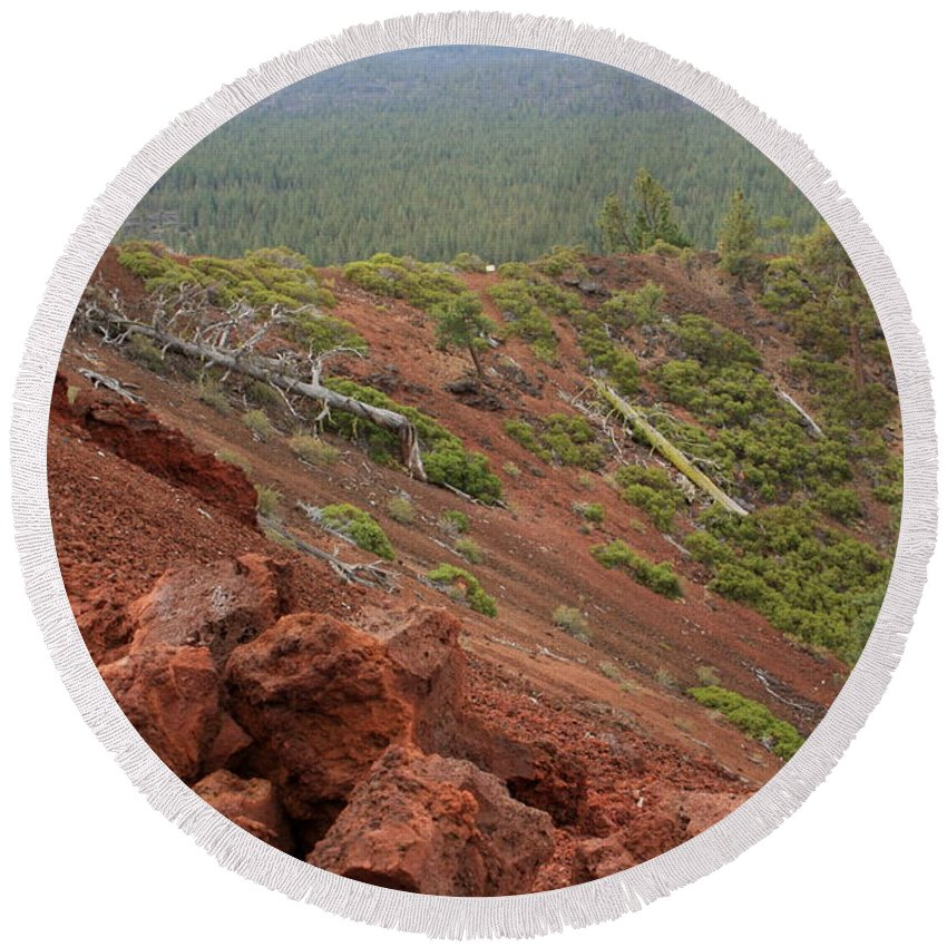 Oregon Round Beach Towel featuring the photograph Oregon Landscape - Red Rocks At Lava Butte by Carol Groenen