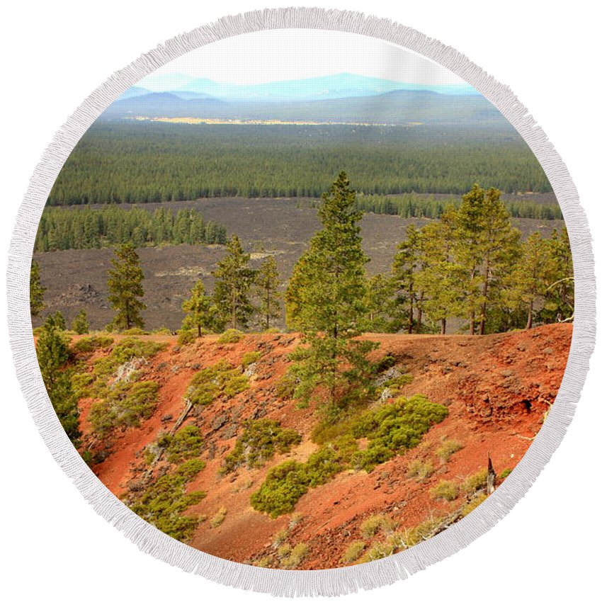 Oregon Landscape Round Beach Towel featuring the photograph Oregon Landscape - View From Lava Butte by Carol Groenen