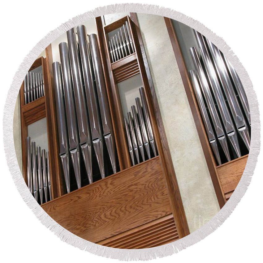 Music Round Beach Towel featuring the photograph Organ Pipes by Ann Horn