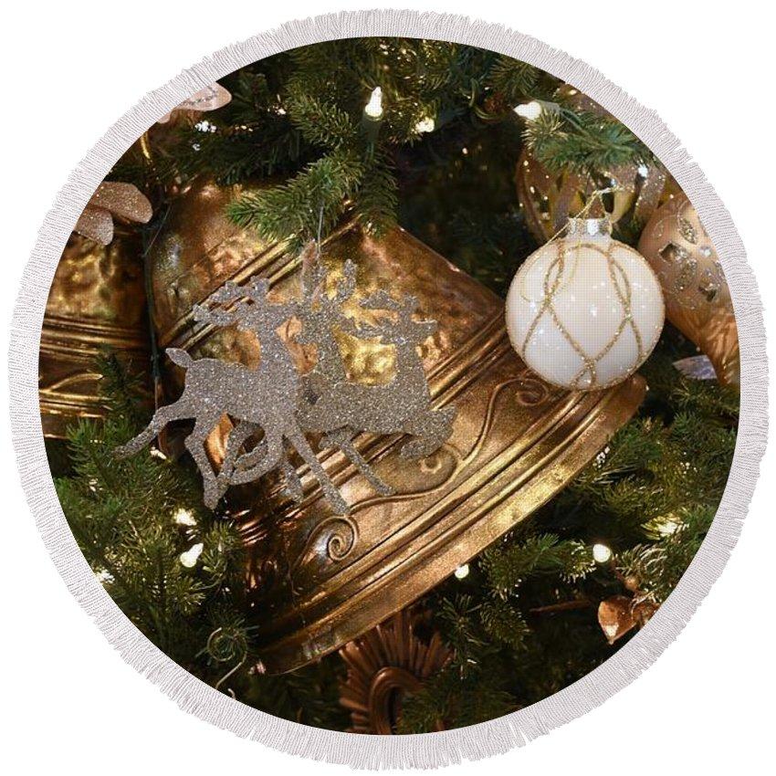 Santa Christmas Ornament Ornament Round Beach Towel featuring the photograph Ornament 240 by Joyce StJames