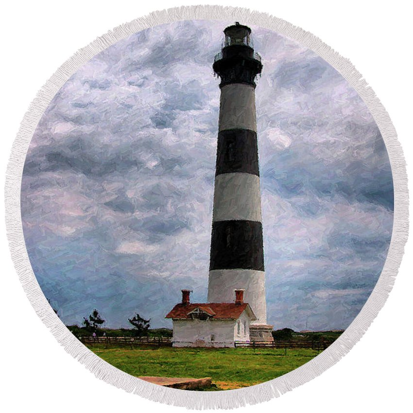 Lighthouse Round Beach Towel featuring the photograph Outer Banks Beach Lighhouse by Randy Steele