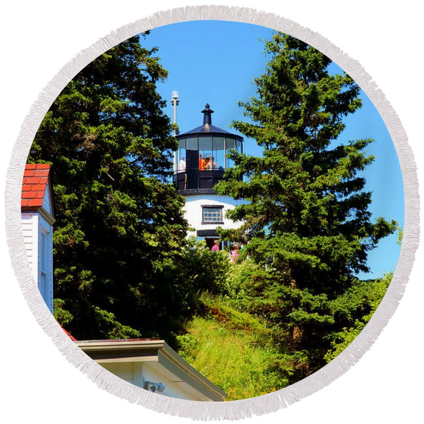 Owls Head State Park Round Beach Towel featuring the photograph Owls Head Light by Robert McCulloch