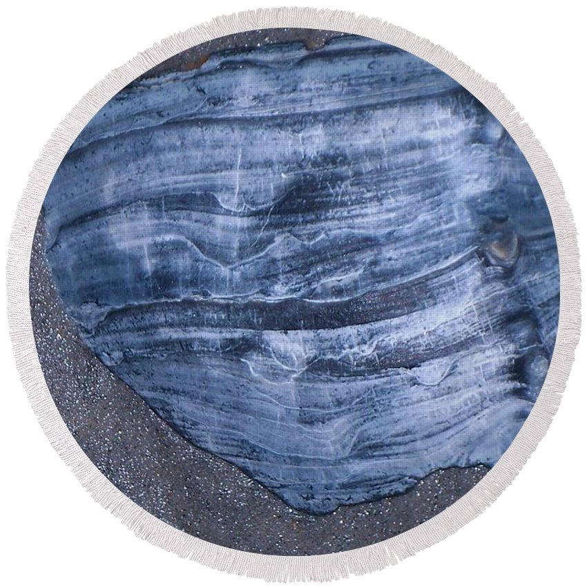 Texture Round Beach Towel featuring the painting Oyster Shell by Eric Schiabor