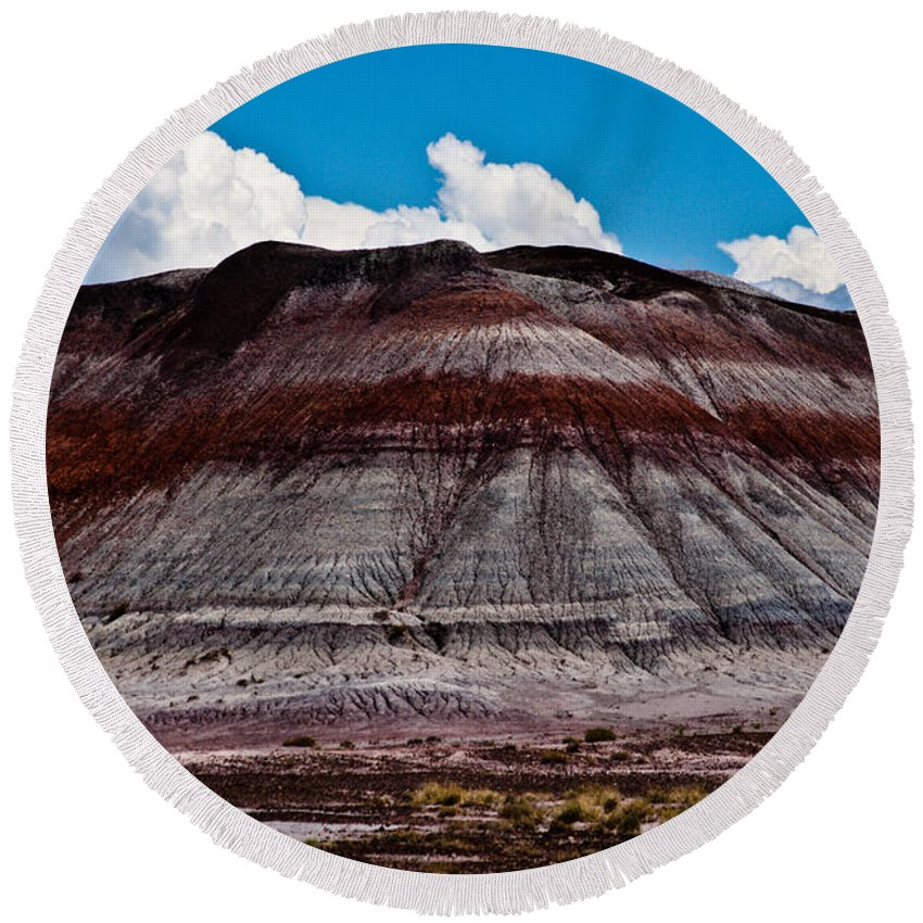 Painted Round Beach Towel featuring the photograph Painted Desert #5 by Robert J Caputo