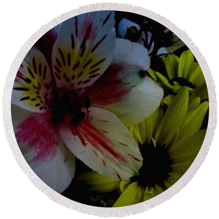 Art For The Wall...patzer Photography Round Beach Towel featuring the photograph Painted Lily by Greg Patzer