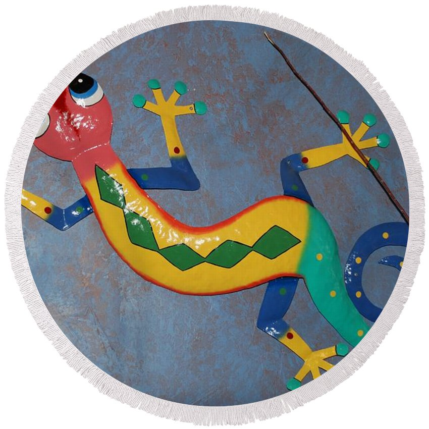 Pop Art Round Beach Towel featuring the photograph Painted Lizard by Rob Hans