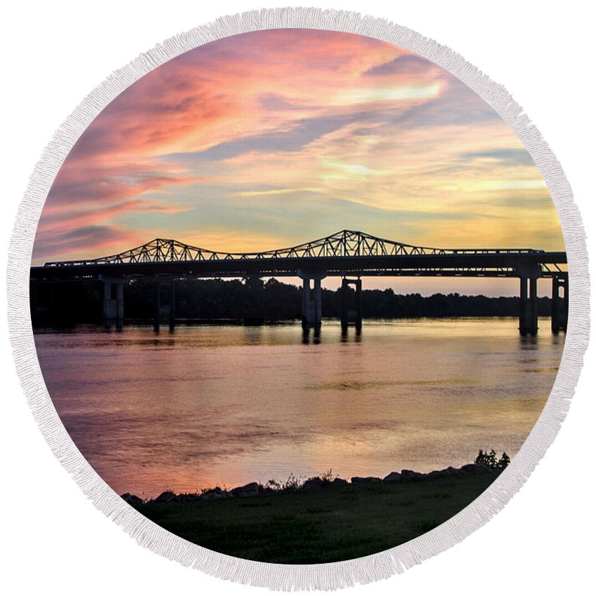 Huntsville Alabama Round Beach Towel featuring the photograph Painted Sky by Jeannee C Gannuch