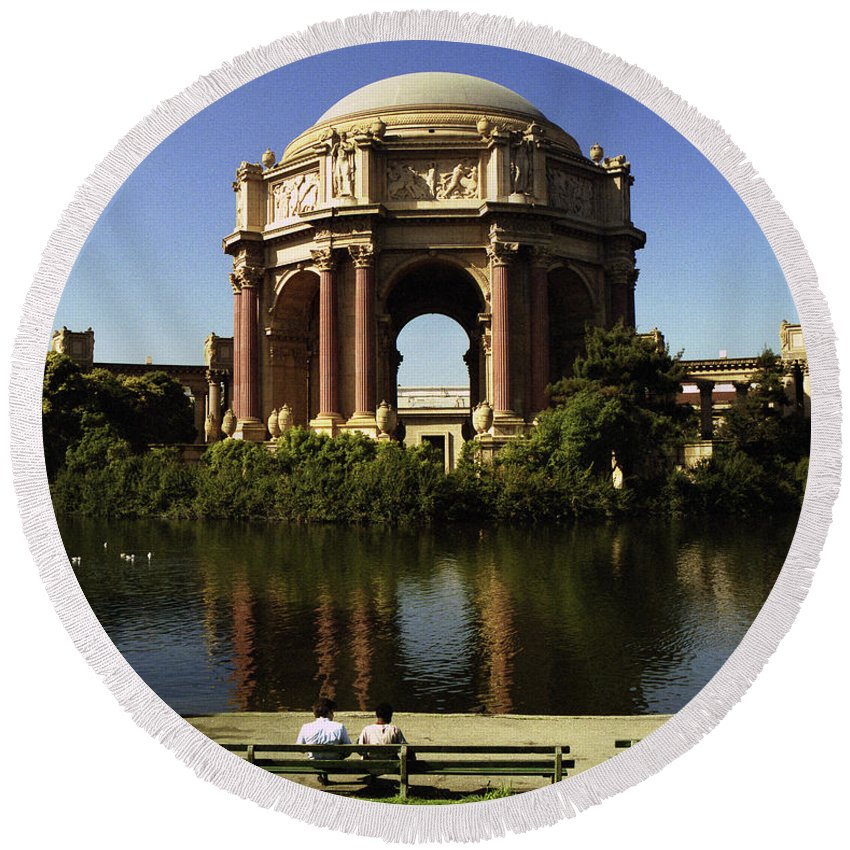 San Francisco Round Beach Towel featuring the photograph Palace Of Fine Arts Sf 2 by Lee Santa