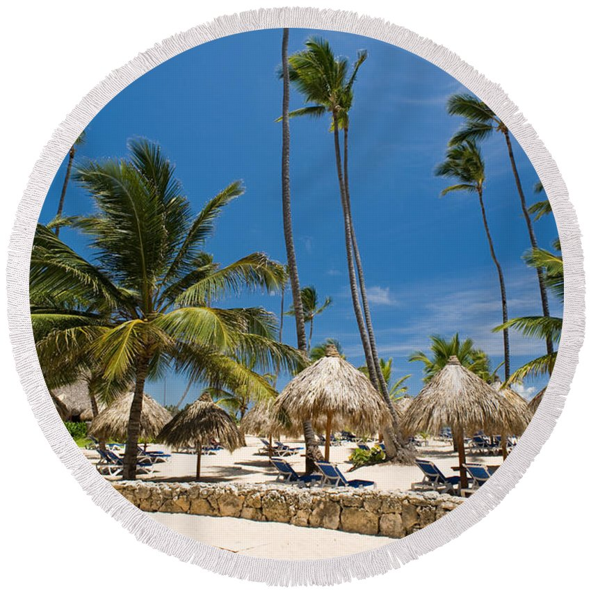 Beach Round Beach Towel featuring the photograph Paradise Beach by Sebastian Musial