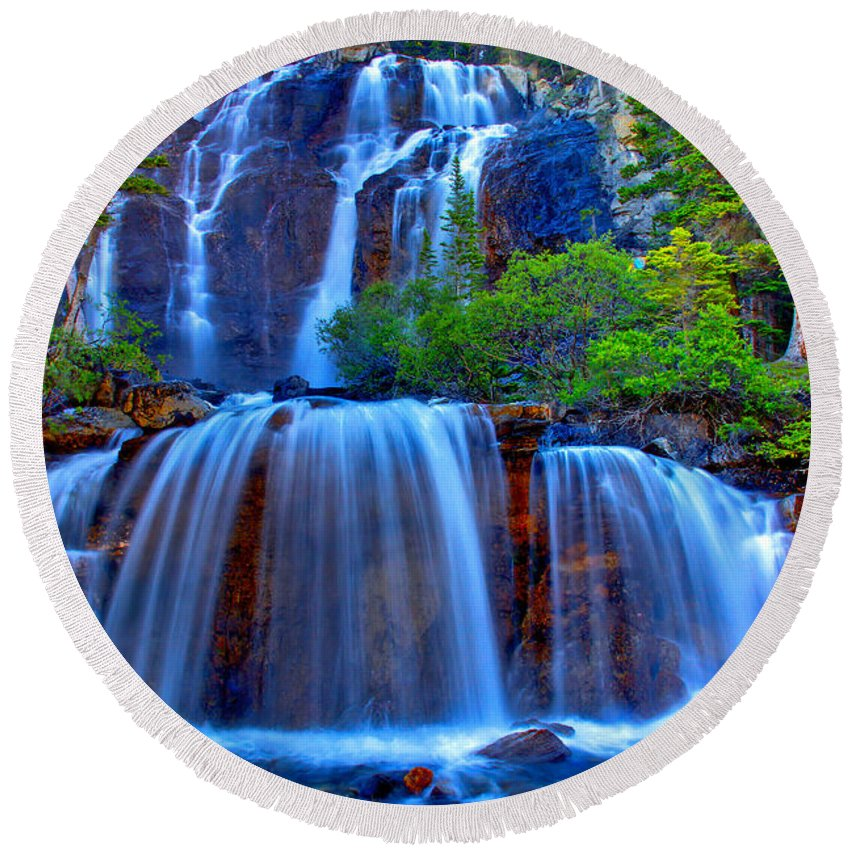 Waterfall Round Beach Towel featuring the photograph Paradise Falls by Scott Mahon