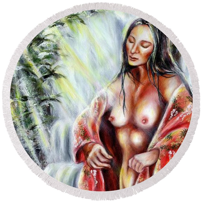Japanese Woman Round Beach Towel featuring the painting Paradise by Hiroko Sakai