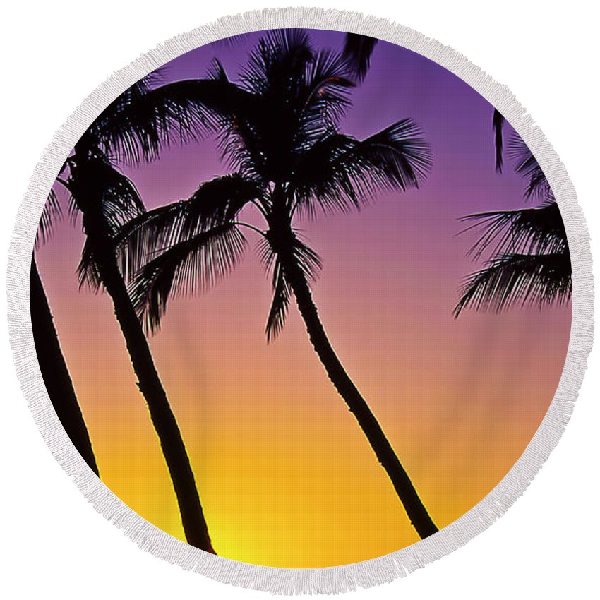 Sunset Round Beach Towel featuring the photograph Paradise by Jim Cazel