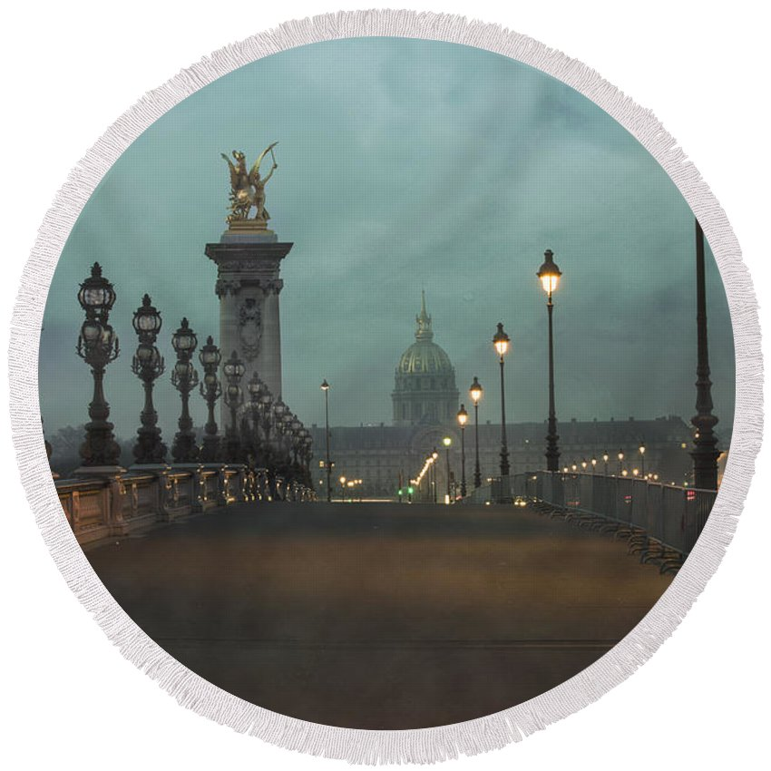 Architecture Round Beach Towel featuring the photograph Paris by Juli Scalzi