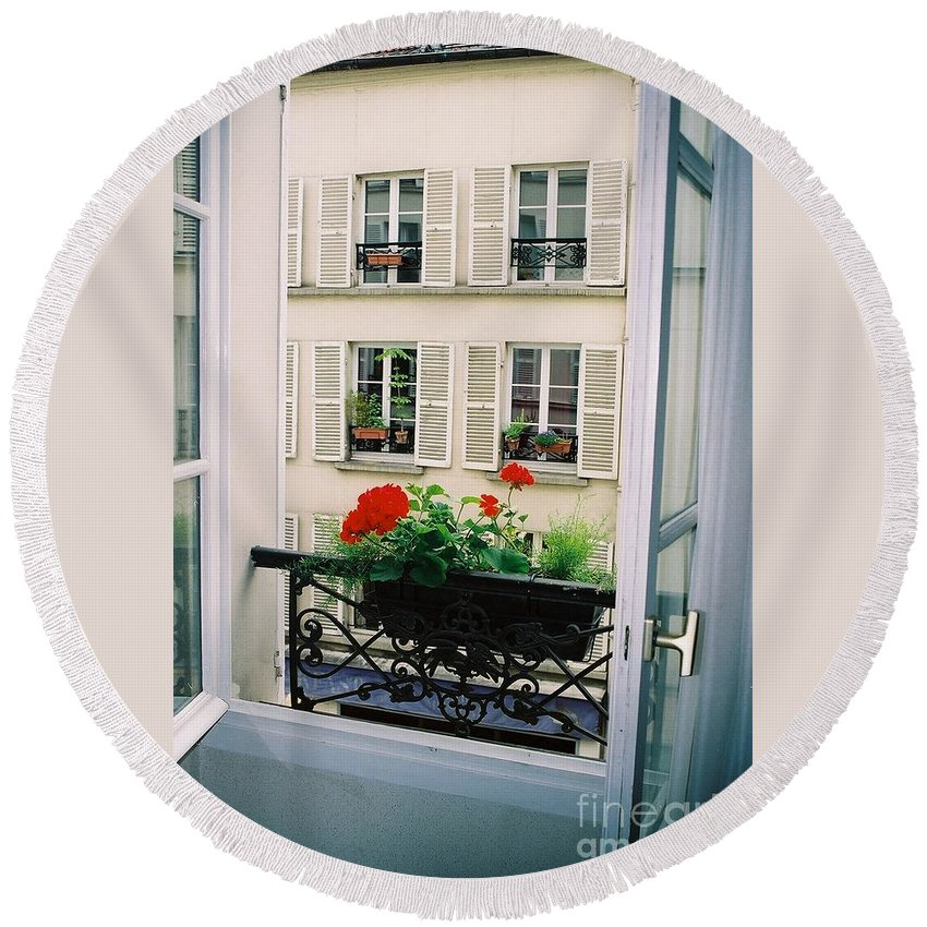 Window Round Beach Towel featuring the photograph Paris Day Windowbox by Nadine Rippelmeyer