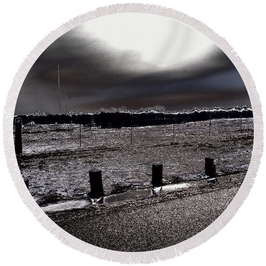 Outdoor Round Beach Towel featuring the photograph Park In The Moonlight by Charleen Treasures