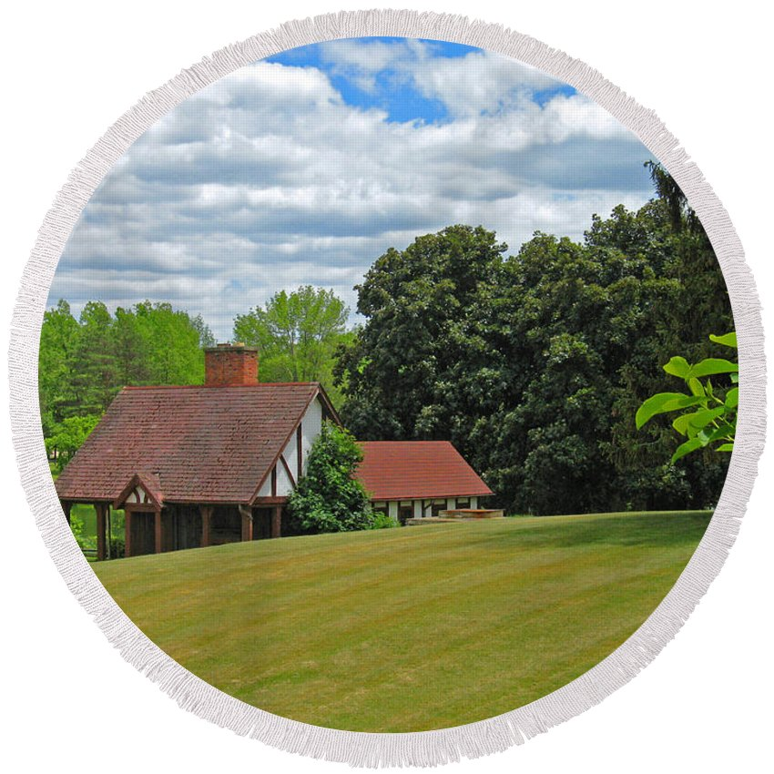 Landscape Round Beach Towel featuring the photograph Parkland Cottage by Ann Horn