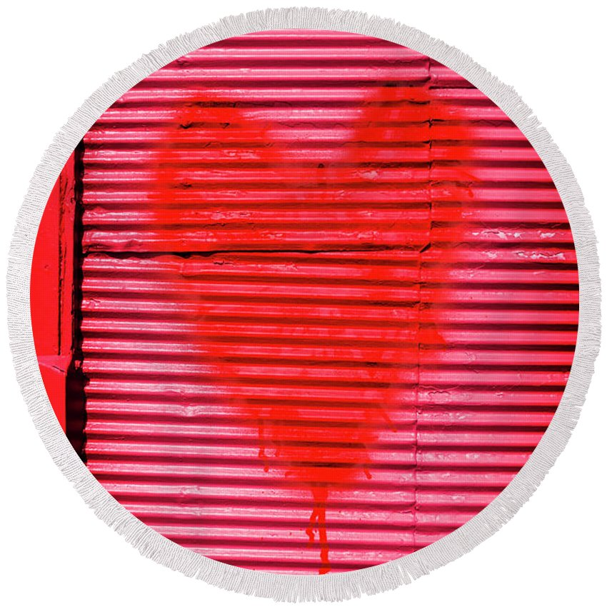 Heart Round Beach Towel featuring the photograph Passionate Red Heart For A Valentine Love by Jorgo Photography - Wall Art Gallery
