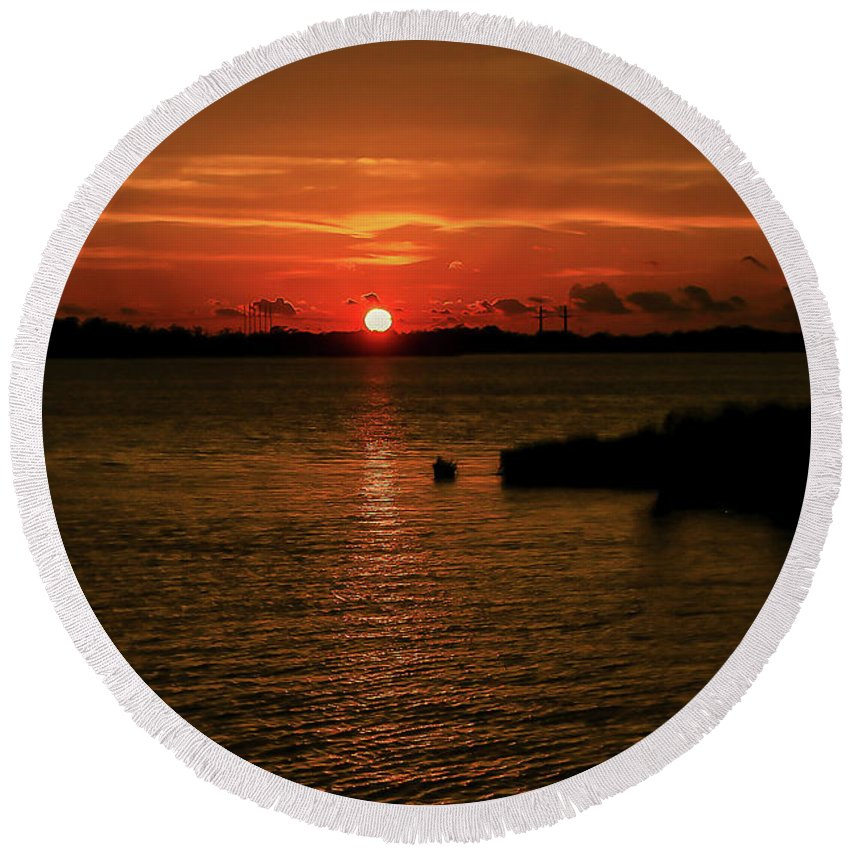 Sunset Round Beach Towel featuring the photograph Past The Horizon by Burge Darwin