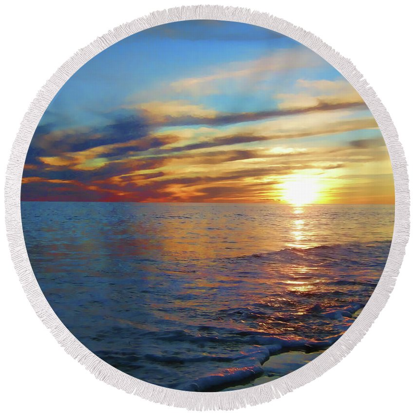 Sunset Round Beach Towel featuring the photograph Pastel Dreaming by Douglas Barnard