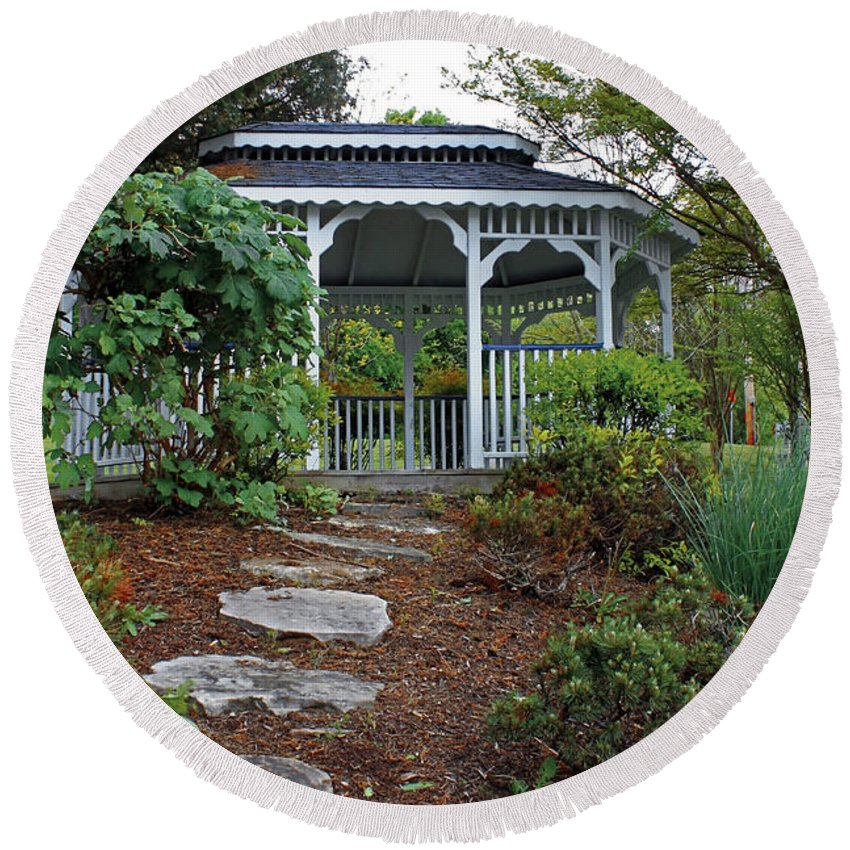 Landscape Round Beach Towel featuring the photograph Path To The Gazebo by Todd Blanchard