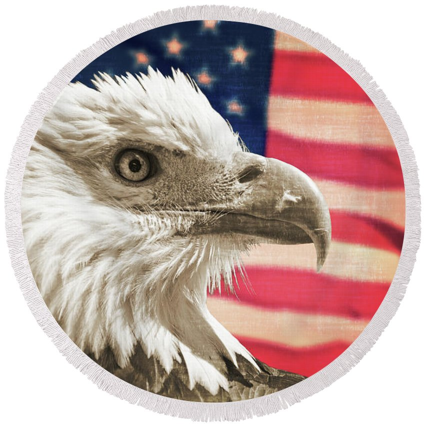 Bald Eagle Round Beach Towel featuring the photograph Patriot by Delphimages Photo Creations