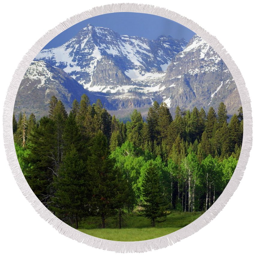 Mountains Round Beach Towel featuring the photograph Peaks by Marty Koch