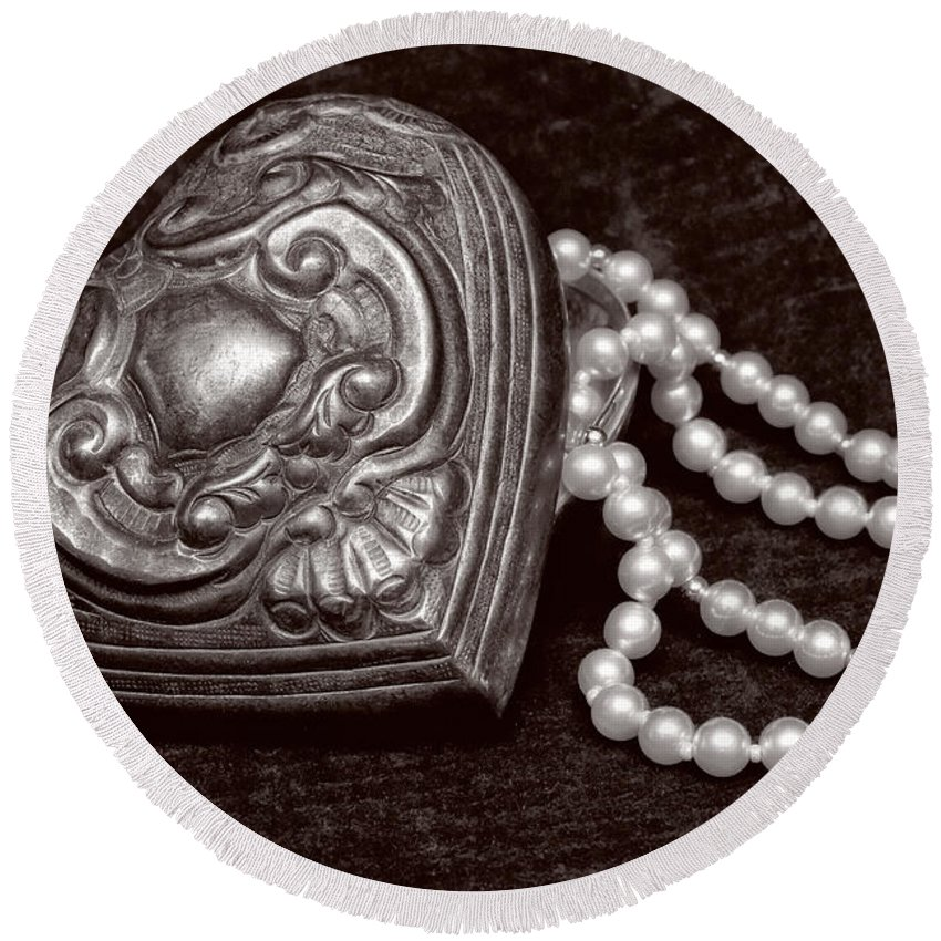 Pewter Round Beach Towel featuring the photograph Pearls From The Heart - Sepia by Christopher Holmes