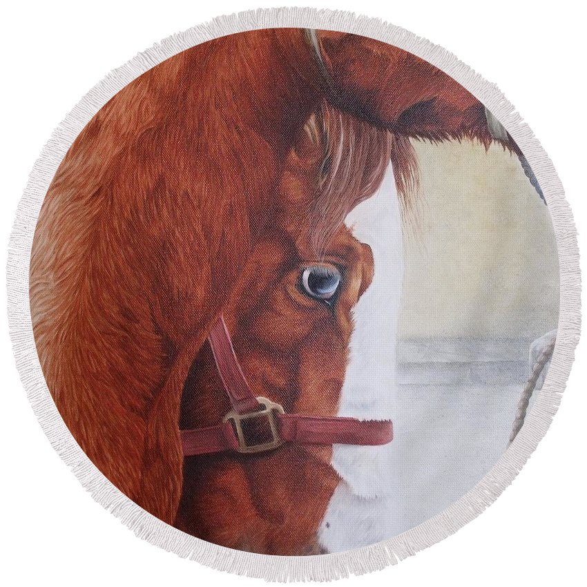 Horse Round Beach Towel featuring the painting Peeping Paint Glin Fair by Pauline Sharp