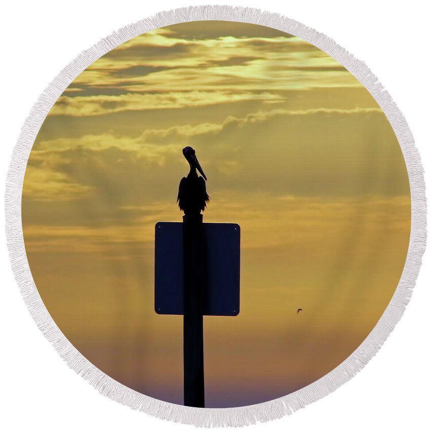 Sunset Round Beach Towel featuring the photograph Pelican At Sunset by D Hackett