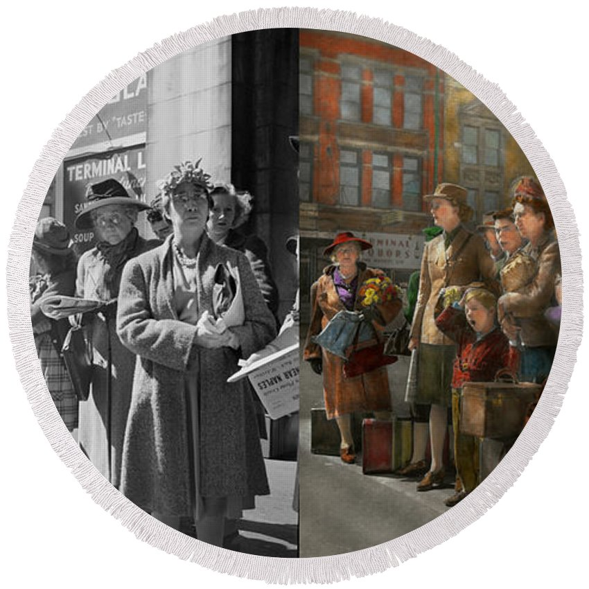 Indianapolis In Round Beach Towel featuring the photograph People - People Waiting For The Bus - 1943 - Side By Side by Mike Savad