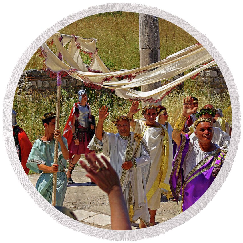 Turkey Round Beach Towel featuring the photograph Period Performers At Ephesis Turkey by Rich Walter