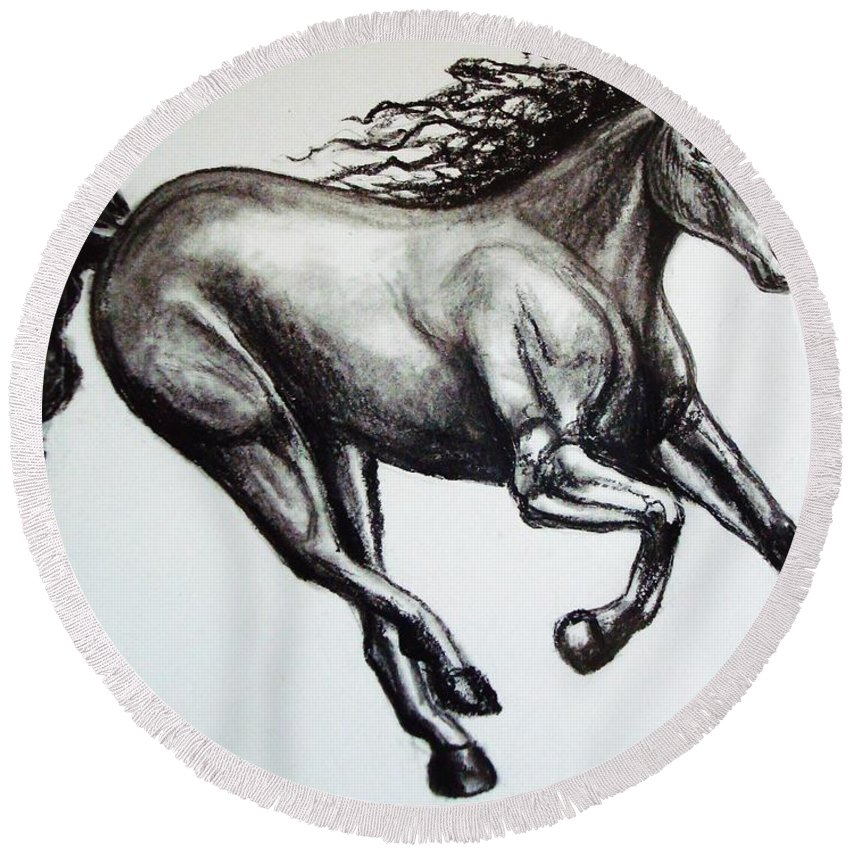 Horse Round Beach Towel featuring the drawing Persistance by Elizabeth Robinette Tyndall