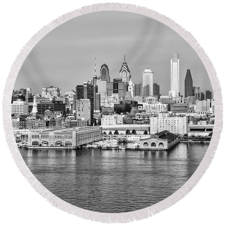 Philadelphia Round Beach Towel featuring the photograph Philadelphia From The Waterfront In Black And White by Bill Cannon