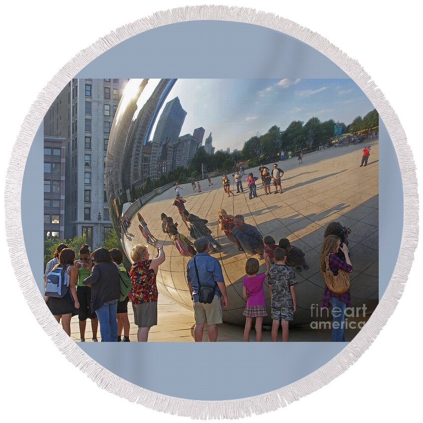 Chicago Round Beach Towel featuring the photograph Photographers All by Ann Horn
