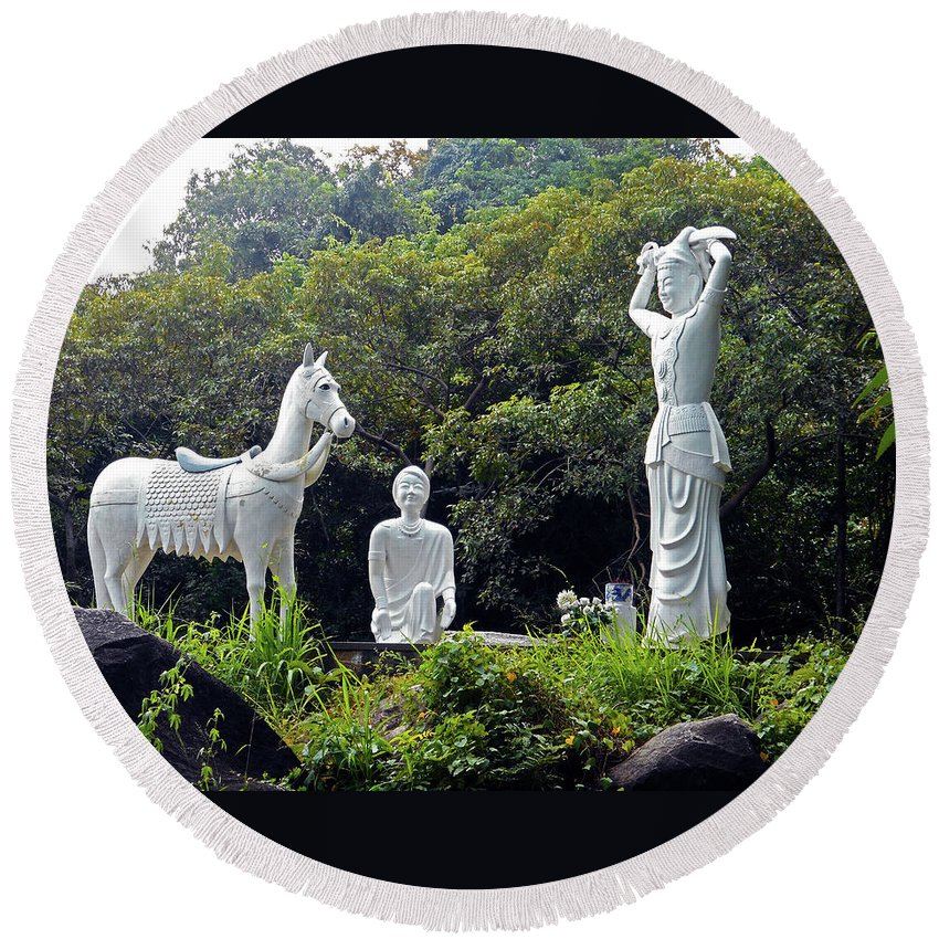 Phu My Round Beach Towel featuring the photograph Phu My Statues 1 by Ron Kandt
