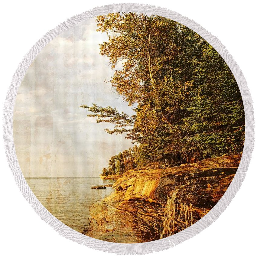 Picture Rocks National Lakeshore Round Beach Towel featuring the photograph Pictured Rocks Water by LuAnn Griffin