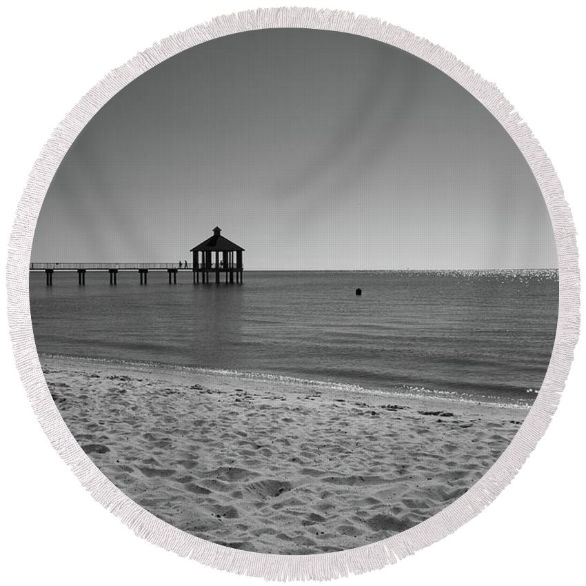 Pier Round Beach Towel featuring the photograph Pier At Lake Pontchartrain by Barry Goble