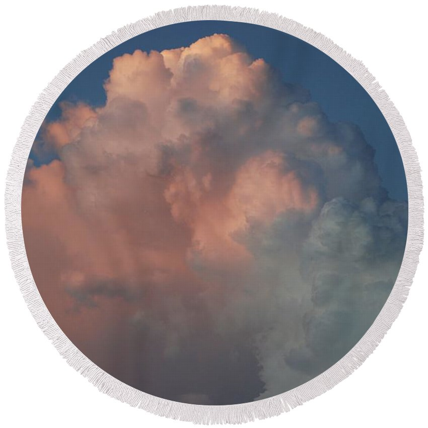 Clouds Round Beach Towel featuring the photograph Pink And Grey by Rob Hans