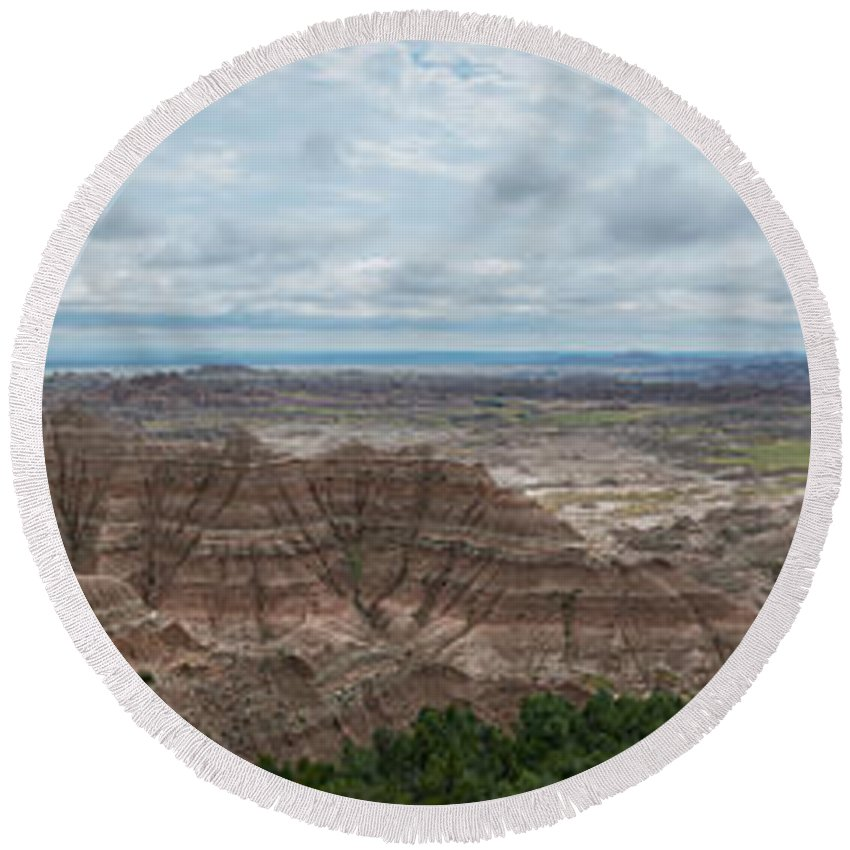 Pinnacles Overlook Round Beach Towel featuring the photograph Pinnacles Overlook Panorama by Michael Ver Sprill