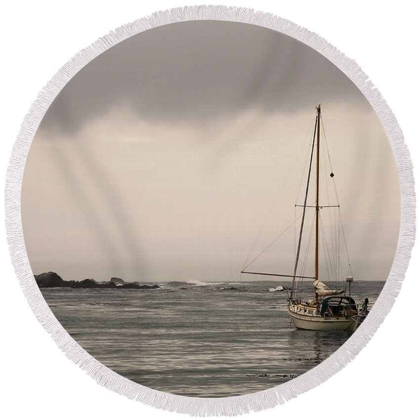Ocean Round Beach Towel featuring the photograph Play Misty For Me by Donna Blackhall