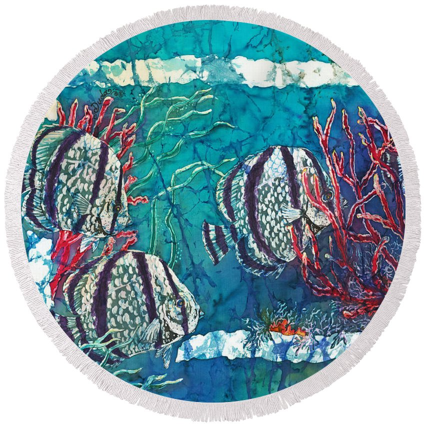 Fish Round Beach Towel featuring the painting Playful Trio by Sue Duda