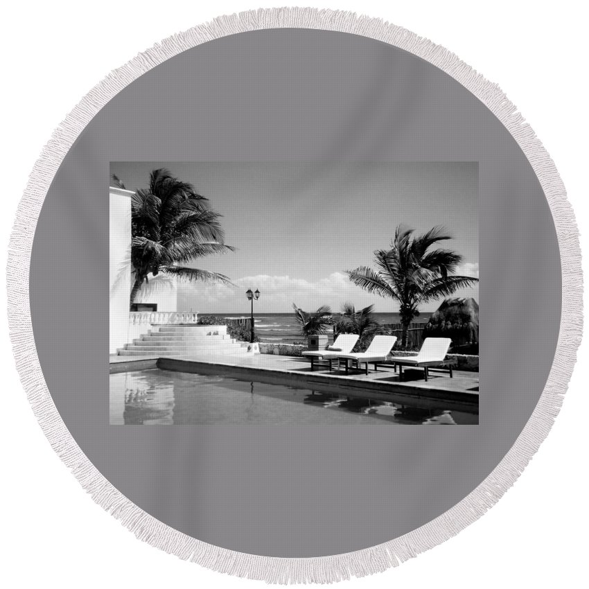 Swimming Pool Round Beach Towel featuring the photograph Poolside B-w by Anita Burgermeister