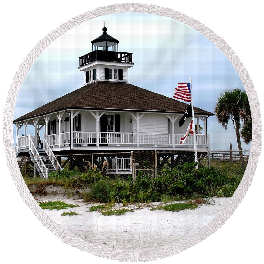 Florida Round Beach Towel featuring the photograph Port Charlotte Harbor Lighthouse by Ian MacDonald