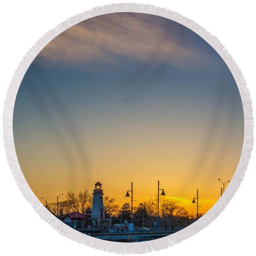Port Credit Round Beach Towel featuring the photograph Port Credit 4 by Steve Harrington