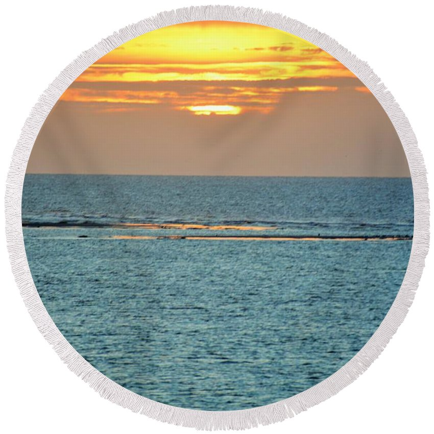 Sunrise Round Beach Towel featuring the photograph Portrait Of The Sea by Jan Gelders