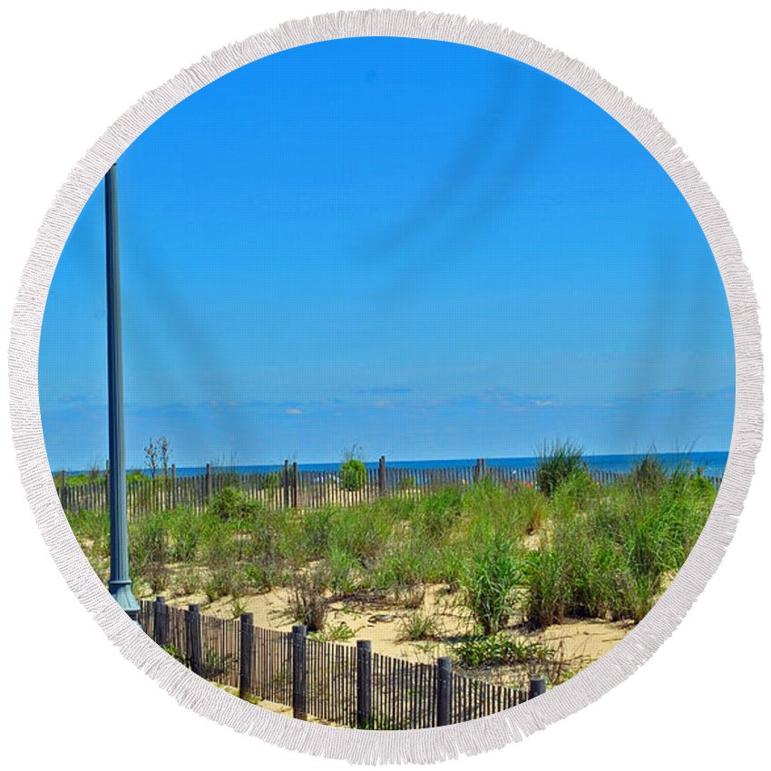Rehoboth Round Beach Towel featuring the photograph Posts Of The Sea by Jost Houk