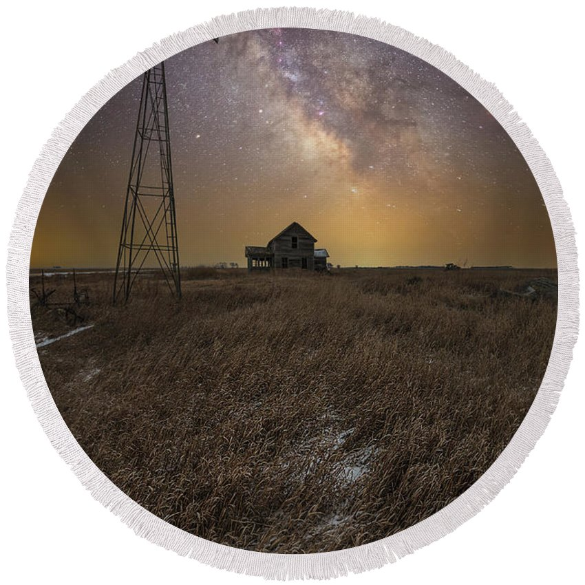 Milky Way Round Beach Towel featuring the photograph Prairie Dreaming by Aaron J Groen