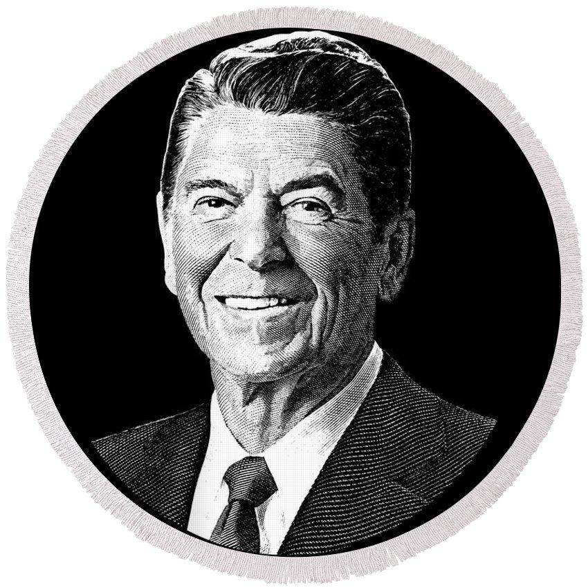 President Ronald Reagan Graphic Black And White Round Beach Towel