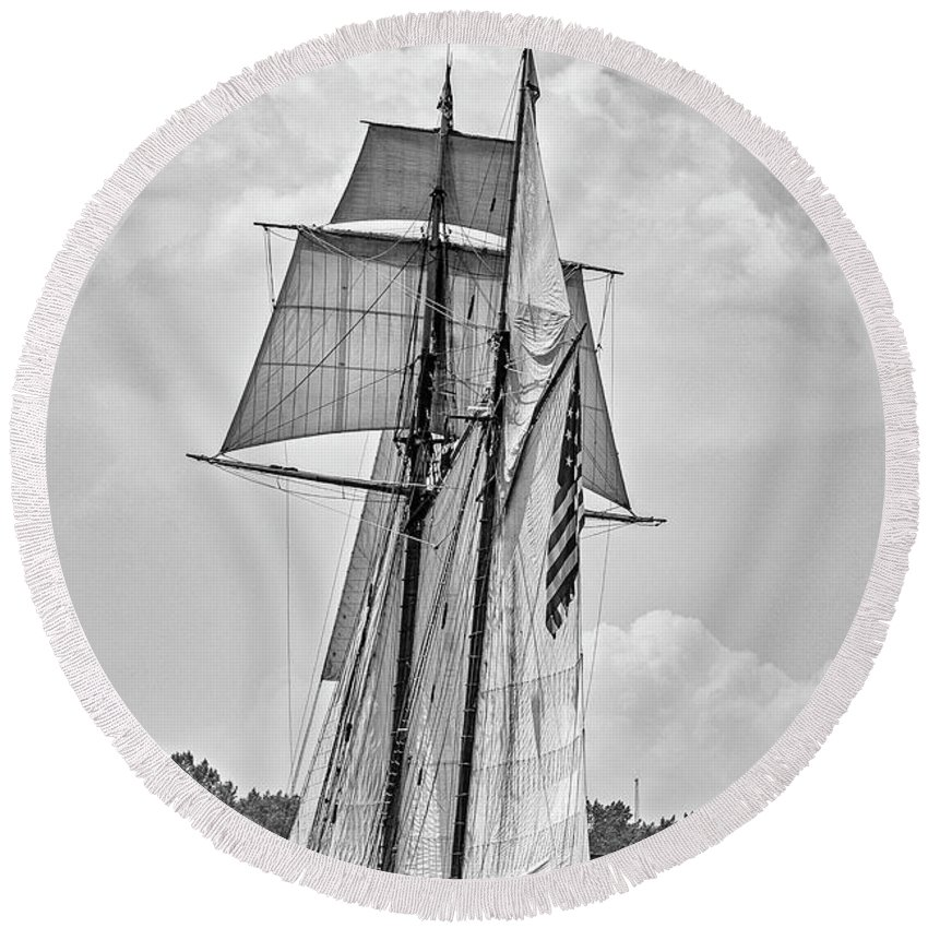Tall Ship Round Beach Towel featuring the photograph Pride Of Baltimore 3 B-w by Tom Clark